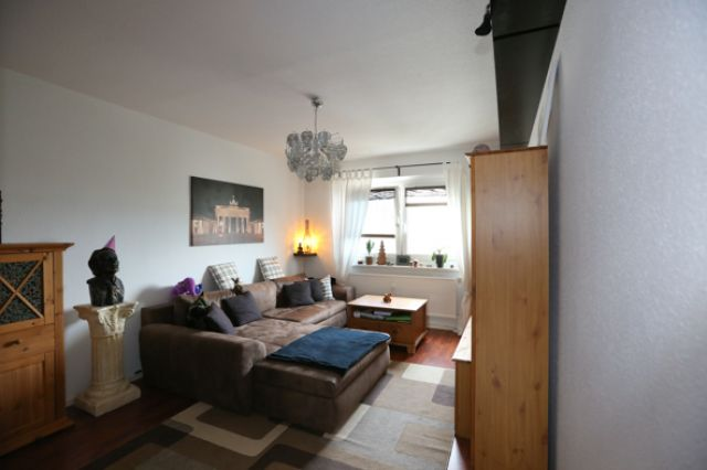maisonette wohnung in hellersdorf pna real estate berlin. Black Bedroom Furniture Sets. Home Design Ideas